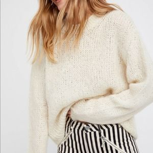 Free People Ivory Fluffy Crewneck Sweater XS